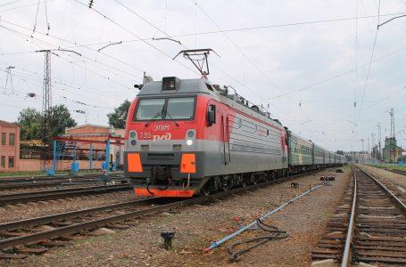 Фирменный поезд «Адлер-Нижний Новгород»